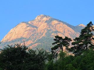 ロープウェイ雲谷寺駅から望む黄山
