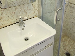 洗面台の黒カビ