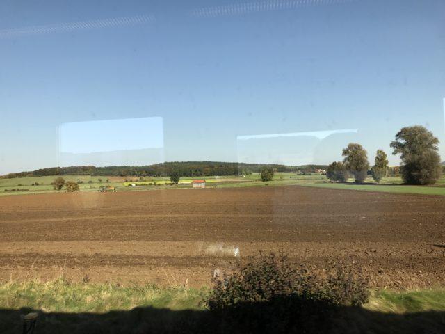 車窓の景色の写真