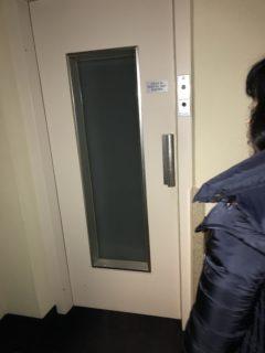 エレベータの写真