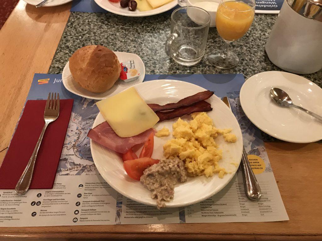 ダービーホテルの朝食
